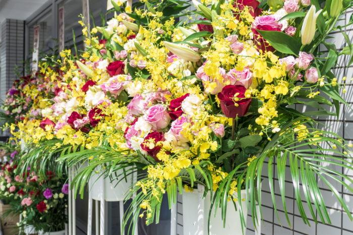 【開店祝い花のマナー】値段の相場は?いつまでに渡す?いつまで飾る?お返しは?