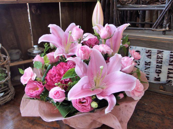 愛くるしいお花で