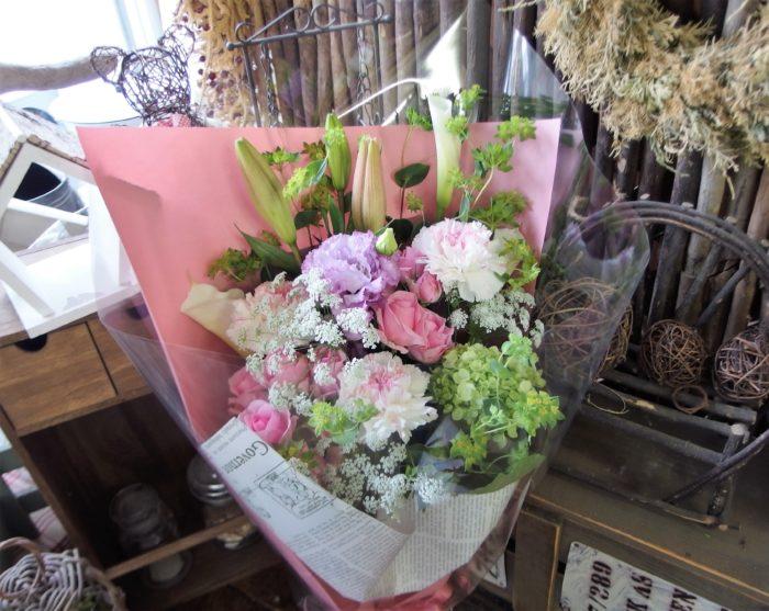 若い女性へ贈る花束