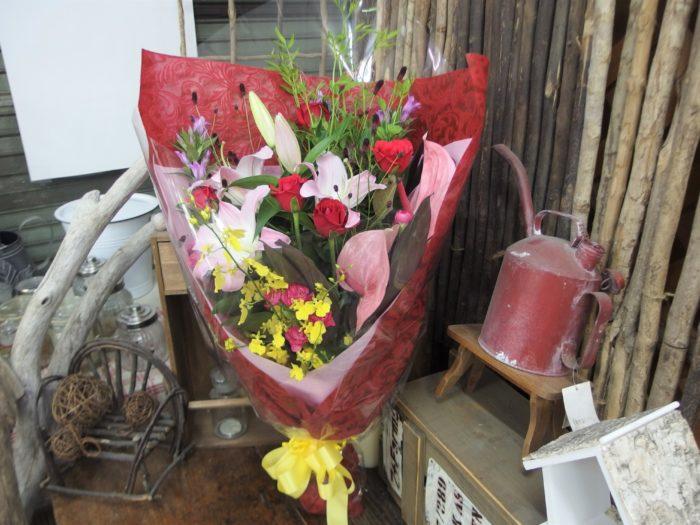花束「花言葉は愛情」